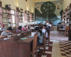 Students research at Wat Damnak Library.